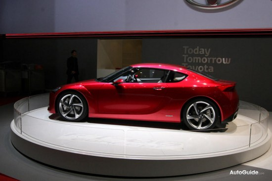 Toyota FT-86 concept at geneva auto salon 2010, sideshot