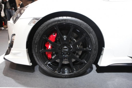 TRD 86 wheel / brakes - Toyota 86 Production car at Tokyo auto salon 2012. Custom wheel and monoblock TRD brake kit calipers