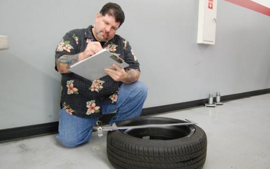 Scion FRS Measuring Session wheel measurement1 - Scion FRS Measuring Session wheel measurement1 photo