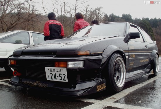 Turbo AE86 300hp in Fuji Speedway drift course during Toyota 86 presentation