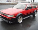 Toyota AE86, red black panda color scheme