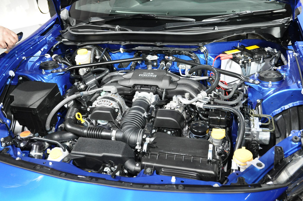 Subaru BRZ engine bay d4s motor