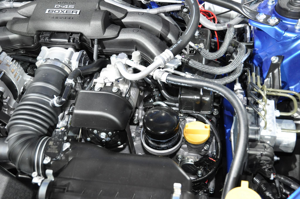 Subaru BRZ engine bay d4s motor 02