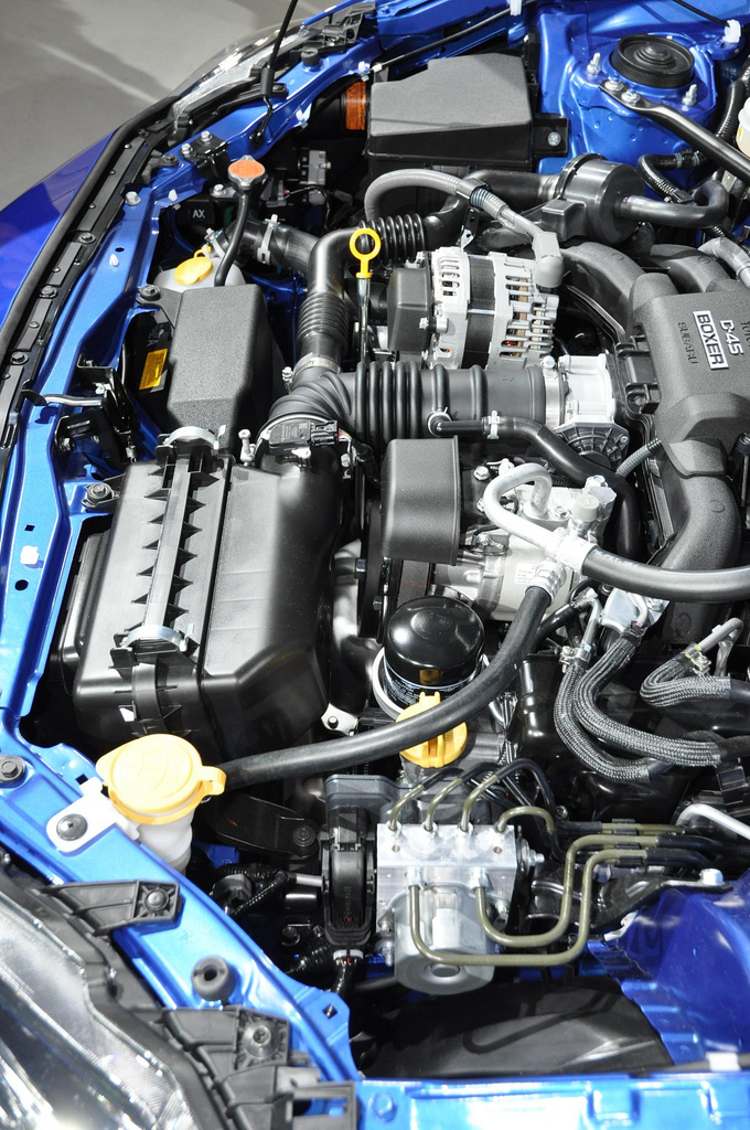 Subaru BRZ engine bay d4s motor 05